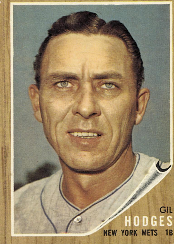 Gil Hodges Topps Baseball Card