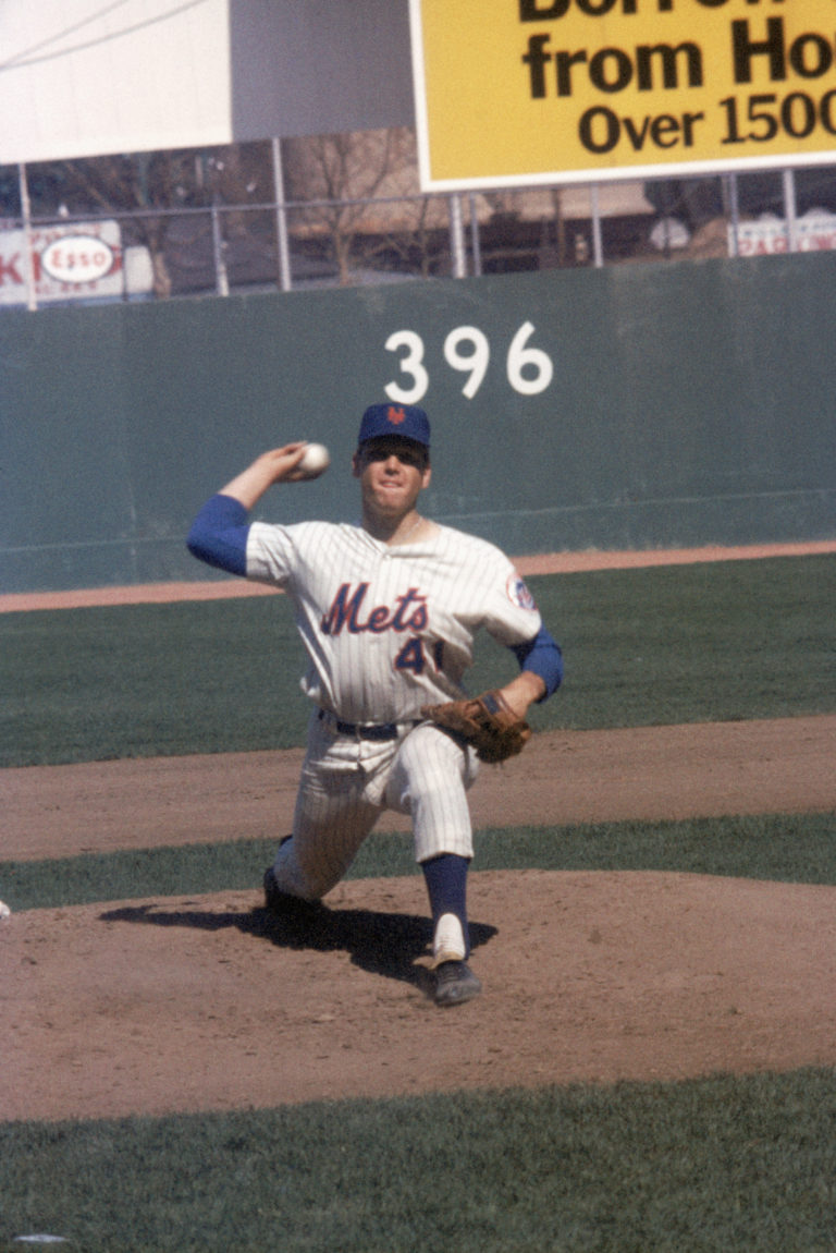 Tom Seaver Releases Pitch