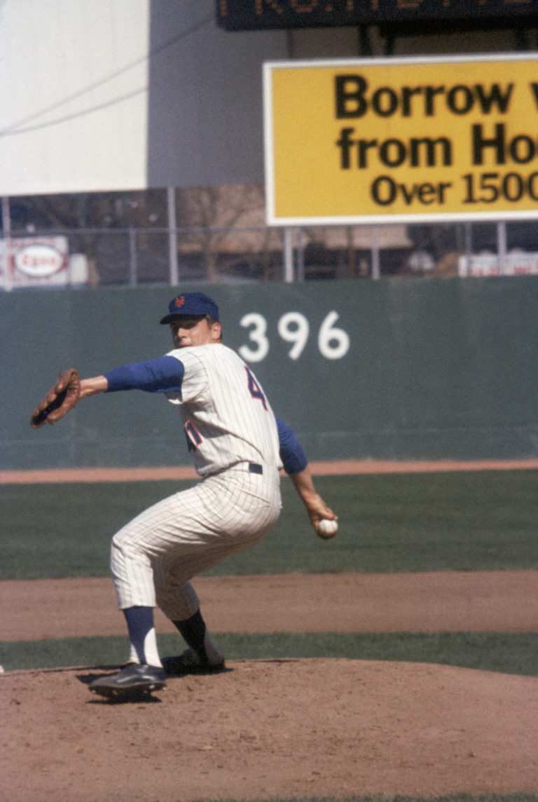 Seaver Pitches as He Strikes Out 13 Batters in Game 1 of NLCS