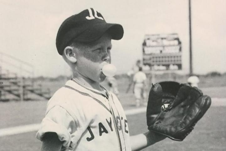 Photo of Wayne Garrett in Little League with Bubblegum