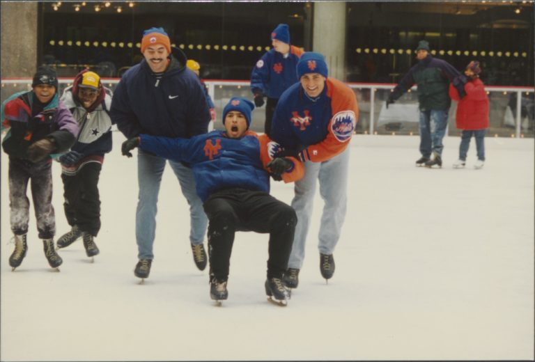 John Franco & Mets Players Join Fans on the Ice