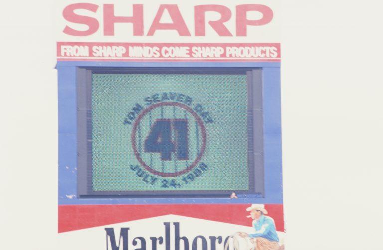 Shea Scoreboard Honors Tom Seaver