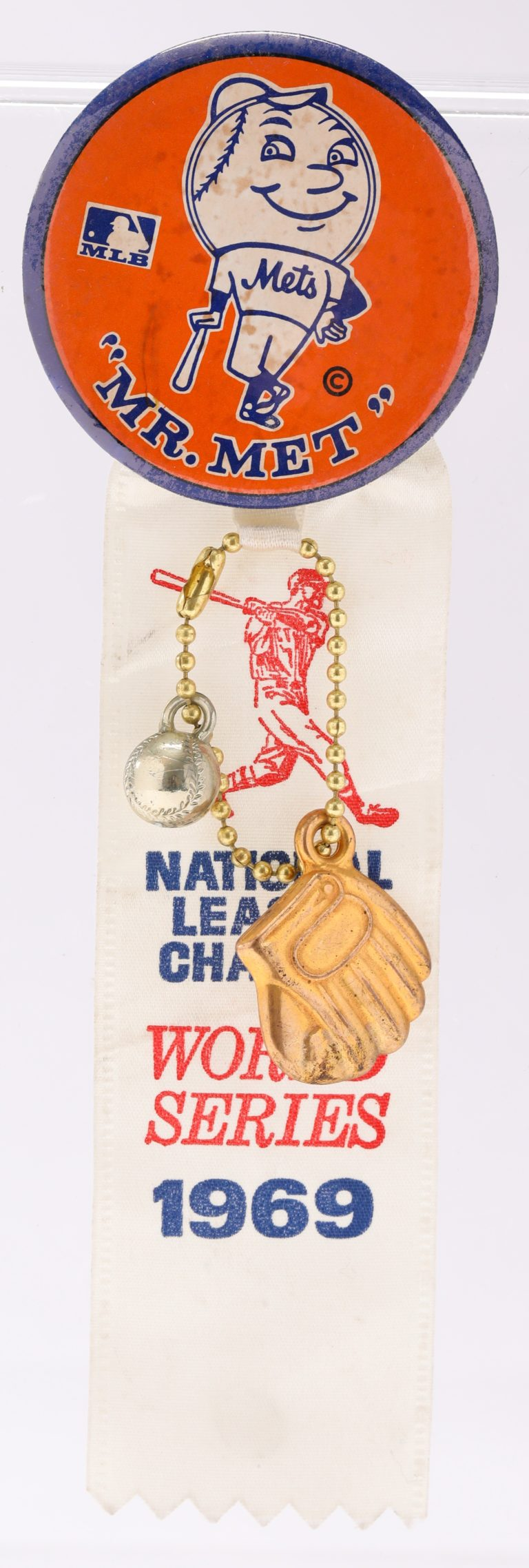 Mr. Met Button with Gold Glove Charm