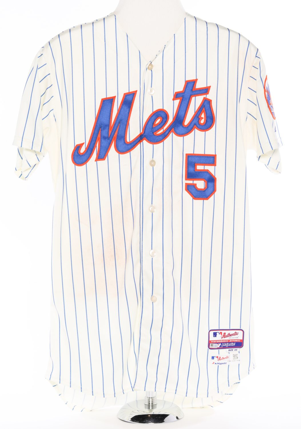 Wright Signed Jersey from Franchise Win 4,000