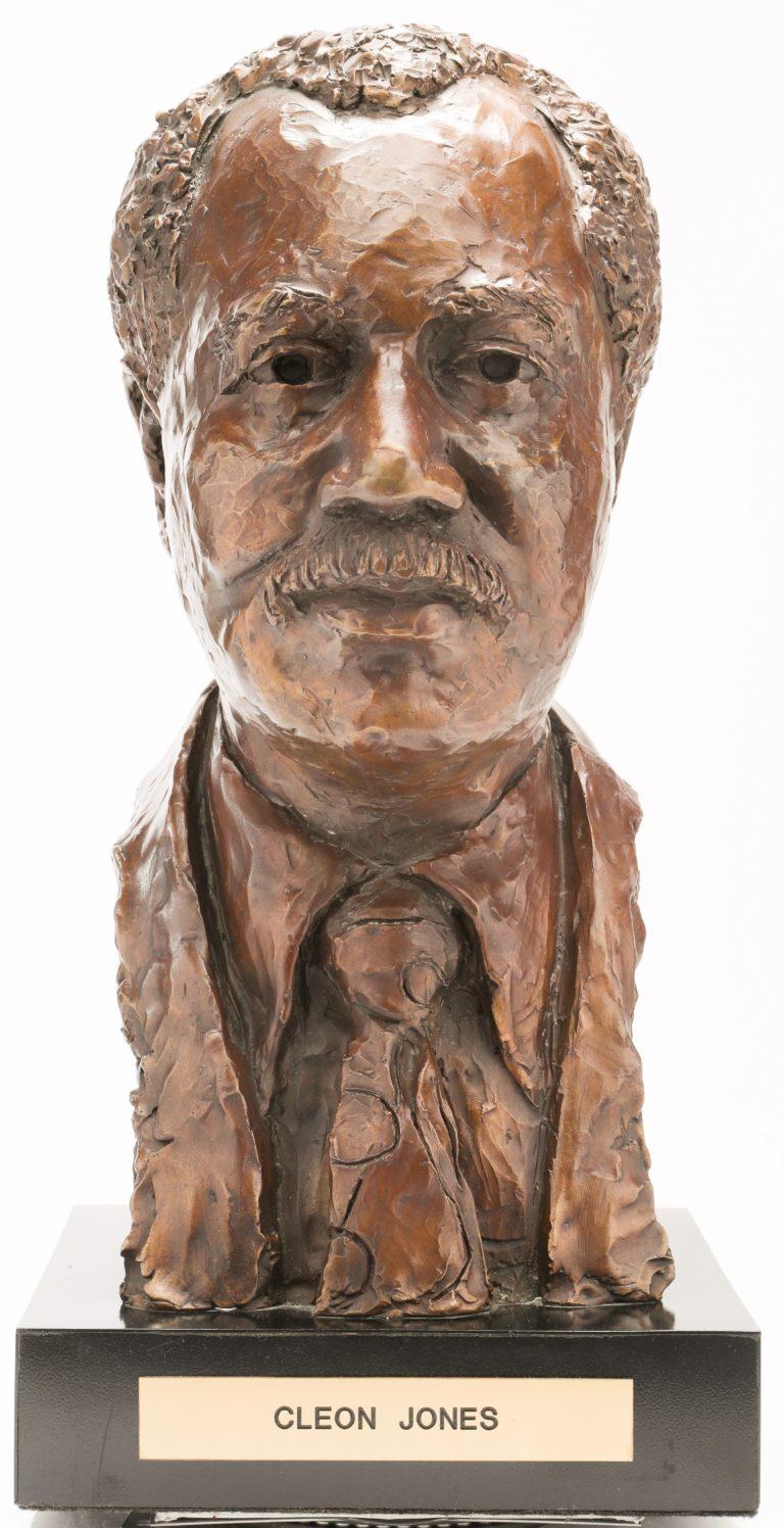 Cleon Jones Bronze Sculpture