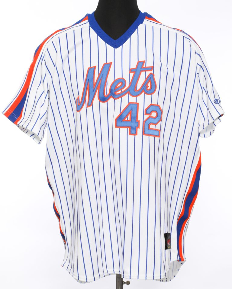 Mo Vaugh Autographed Mets Jersey