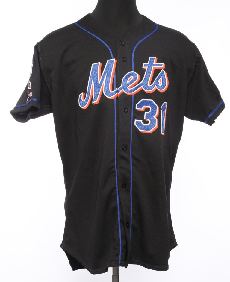 Mike Piazza's 40th Anniversary Jersey