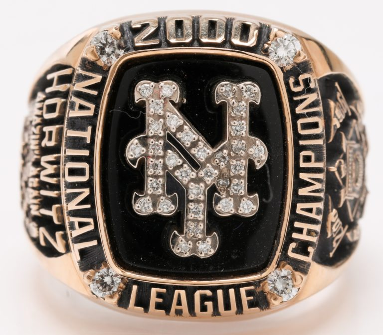 New York Mets 2000 NLCS Championship Ring - Top View