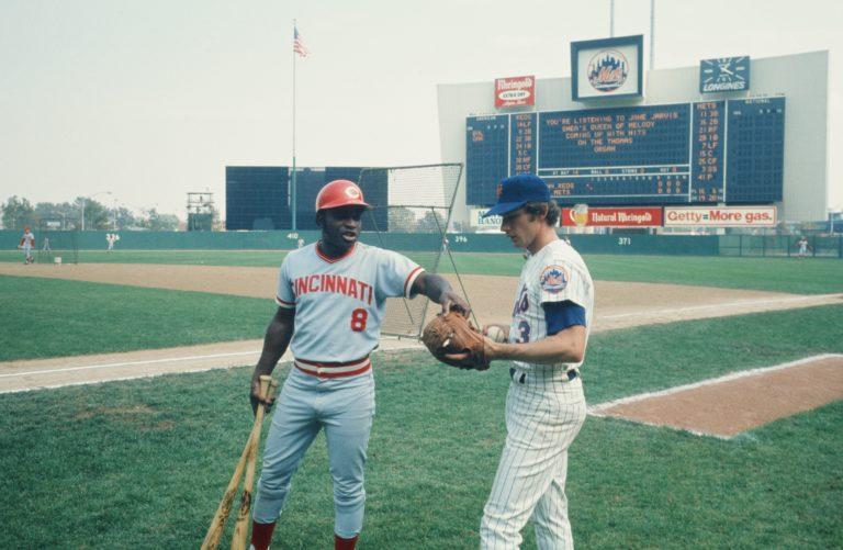 Photo of Bud Harrelson & Joe Morgan at 1973 NLCS