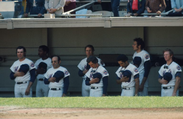 Mets Stand for Anthem in 1973 NLCS