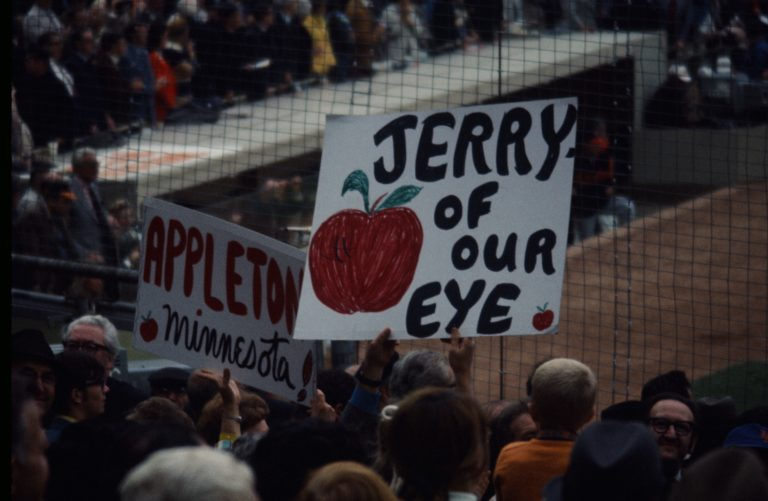 Fans Show Support for Koosman in '69 World Series