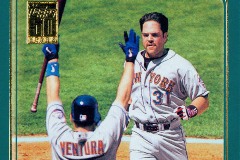 Mike Piazza 2001 Home Team Advantage Topps Card