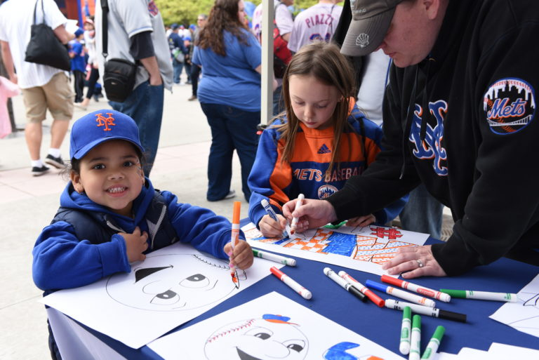 Young Mets Fans Give Makeover to Mr. Met