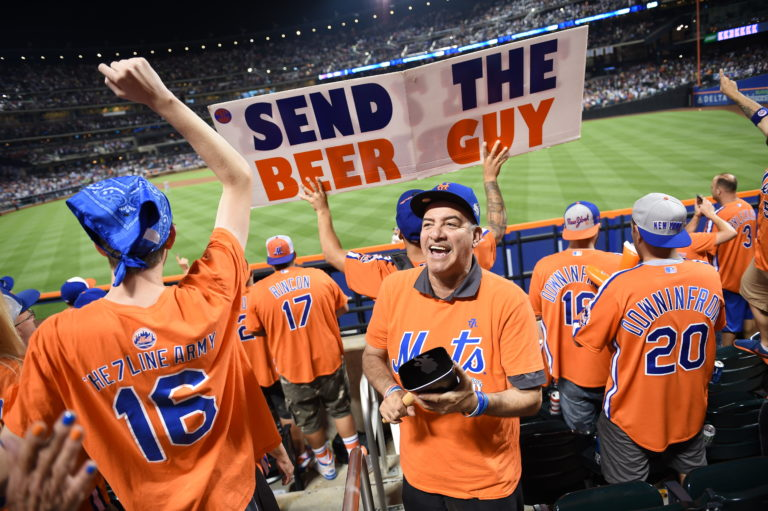 7 Line Army Wants a Mets Win and a Beer!
