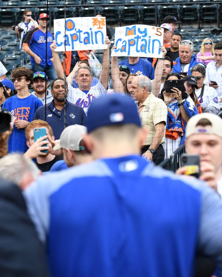 Fans Cheer David Wright During Last Day as Met