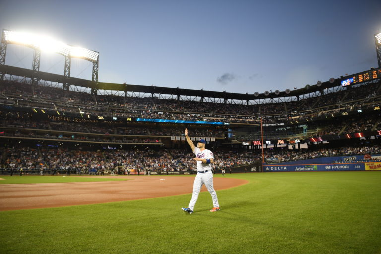 Fans Cheer for David Wright in Final Mets Game