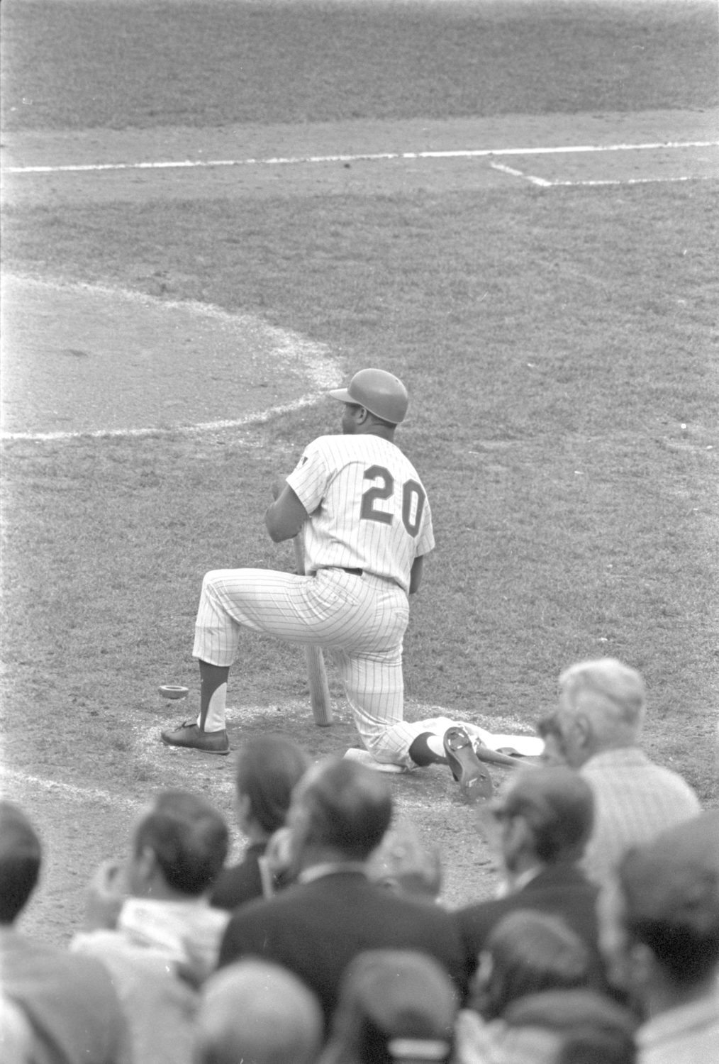 Photo of Tommie Agee Preparing for an At-Bat
