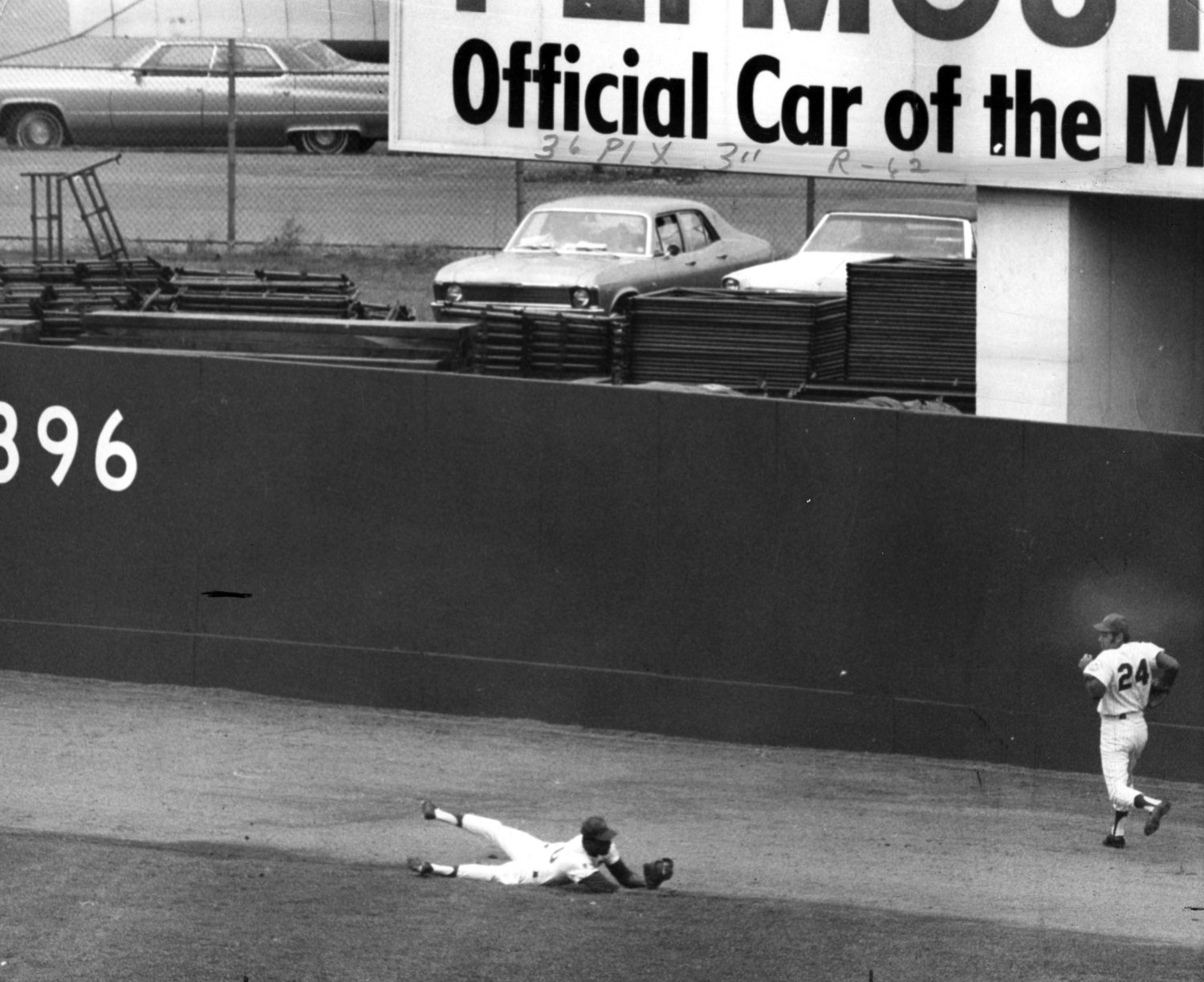 Agee's Amazing Catches in Game 3 of '69 World Series