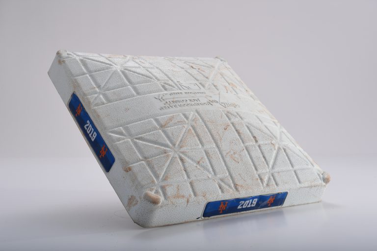 Second Base When Alonso Set Two Records