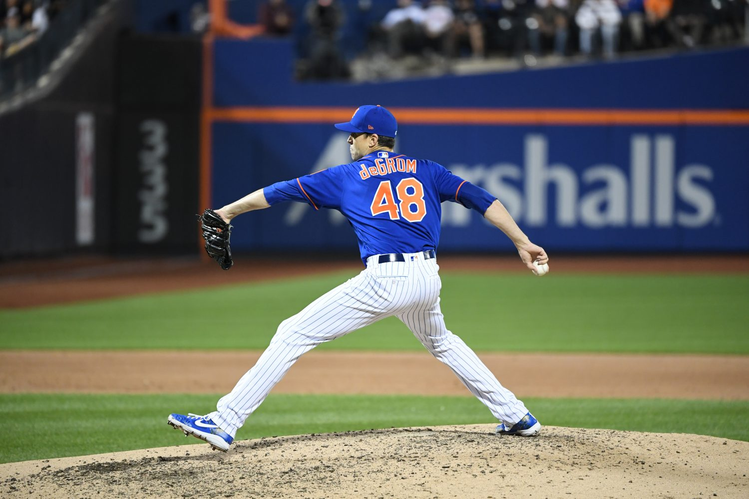 Jacob deGrom Winds Up for Pitch
